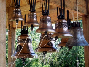 carol-of-the-bells-01